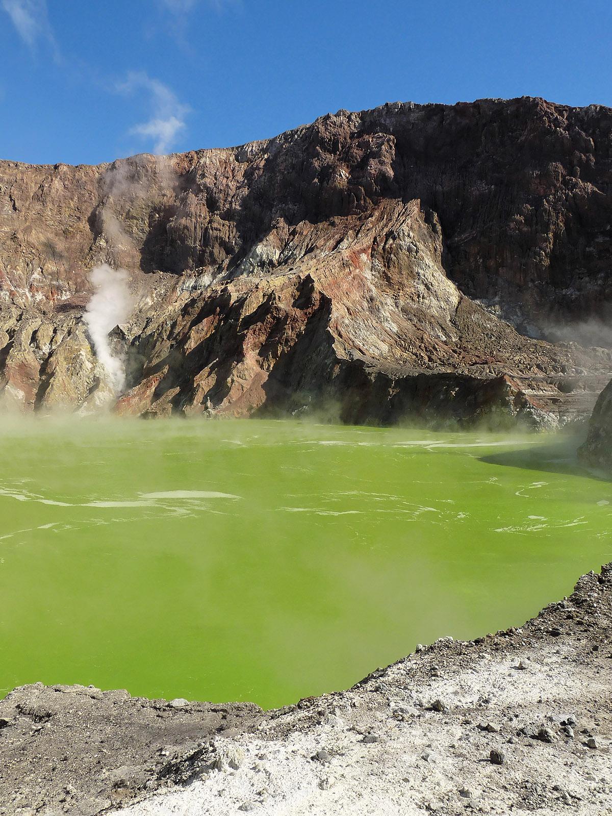 White Island - Lacul de acid clorhidric