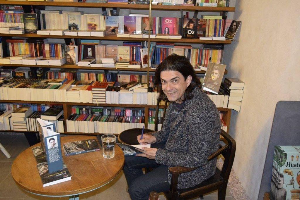 foto pt blog - adrian georgescu interviu - semnata m vakulovski